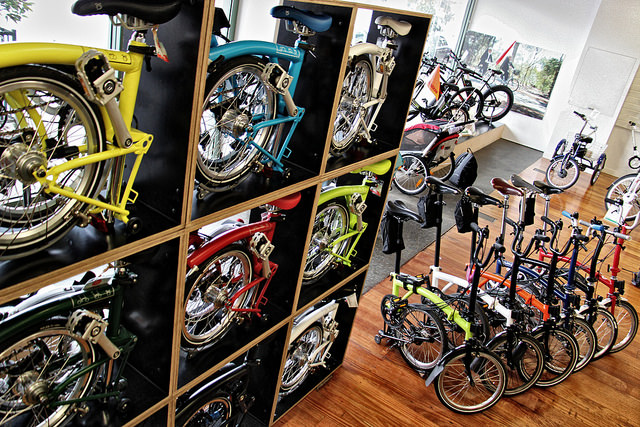 So many lovely Bromptons (photo by @baudman)
